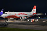 Airbus A320-233 . Red Wings